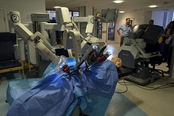 Da Vinci Robot Chirurgien