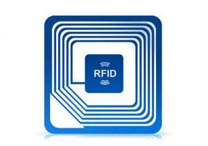 Une puce RFID en gros plan